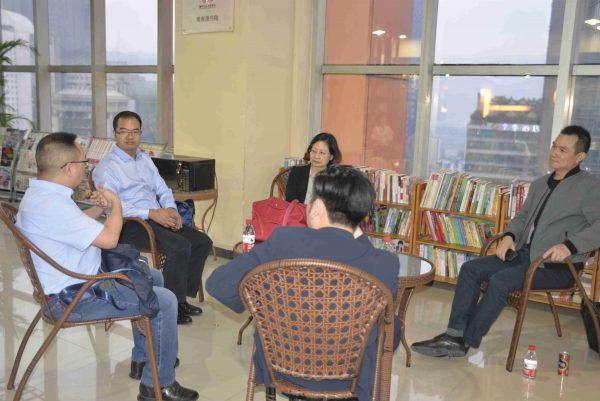 广西省委组织部干部到国贸中心党群服务中心调研考察党建工作